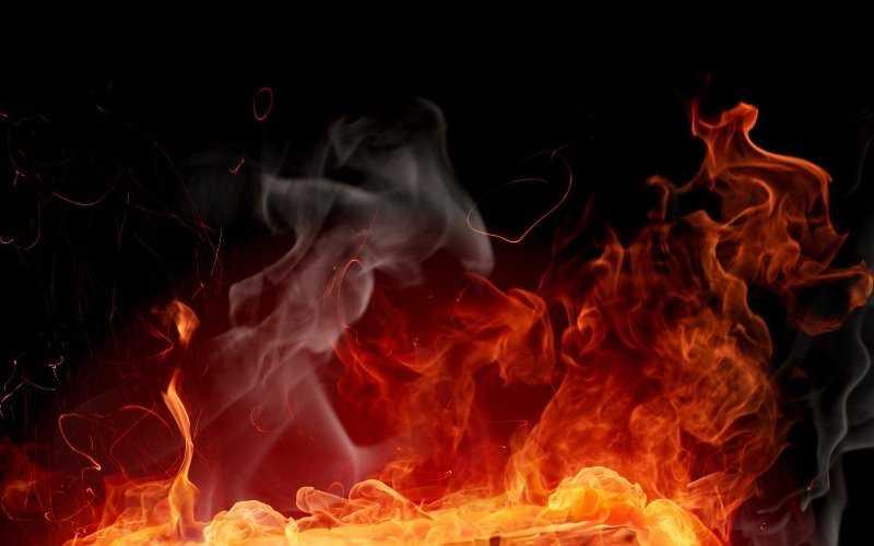 В центре Челябинска сгорело летнее кафе