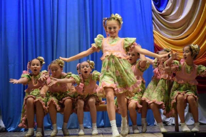 В гала-концерт фестиваля «Соцветие дружное Урала» войдет 14 номеров