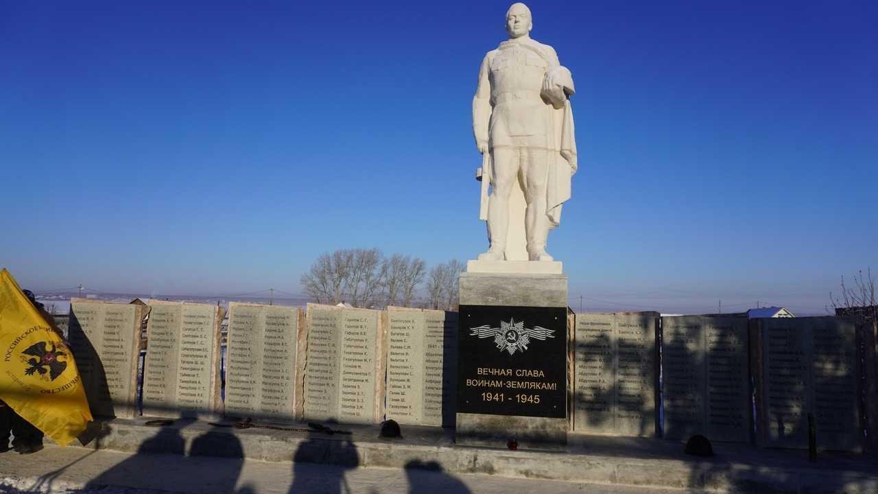 Пандемия не смогла сорвать реставрацию военного мемориала в южноуральском селе