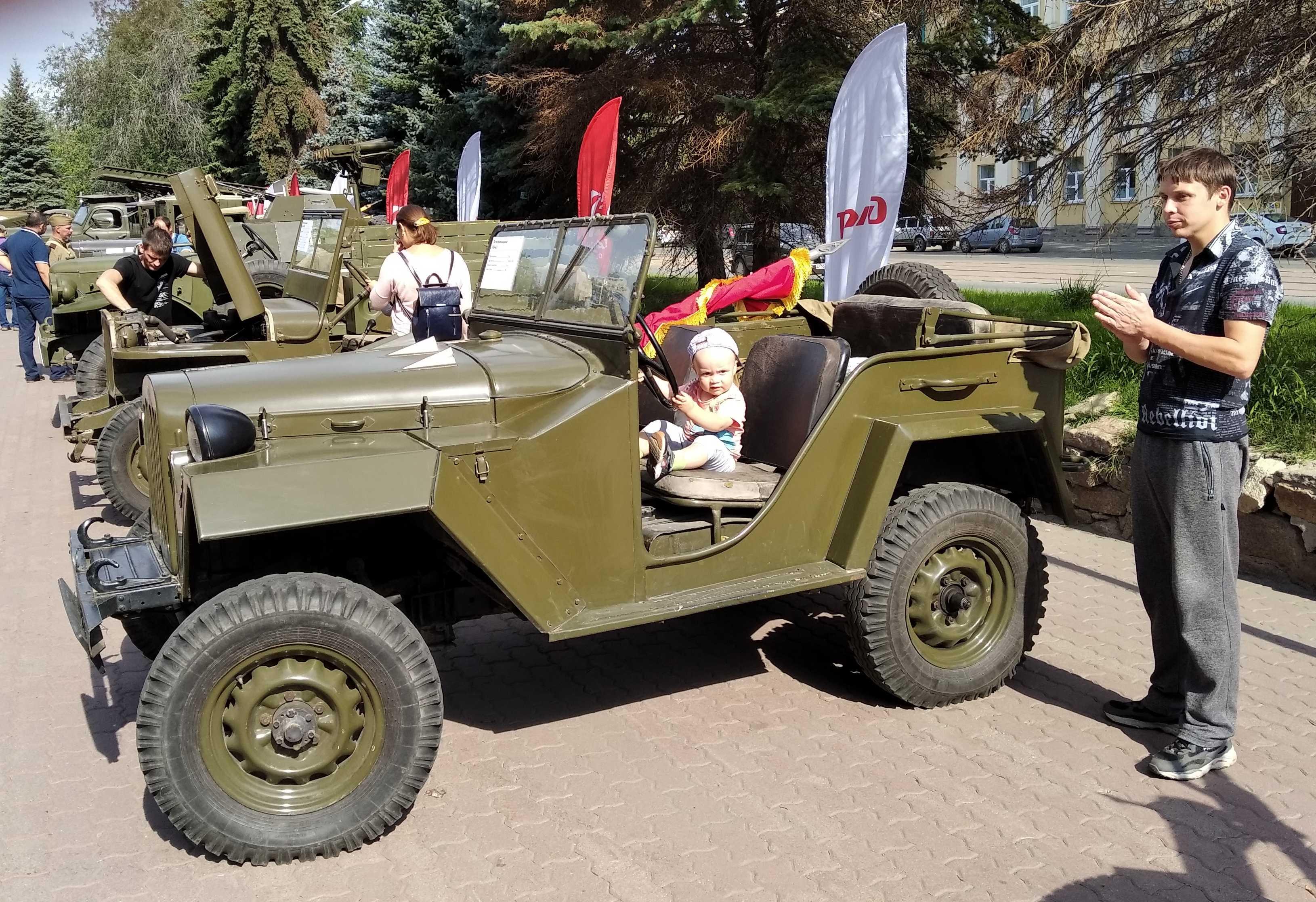 Технику времен войны вывели на улицы Челябинска