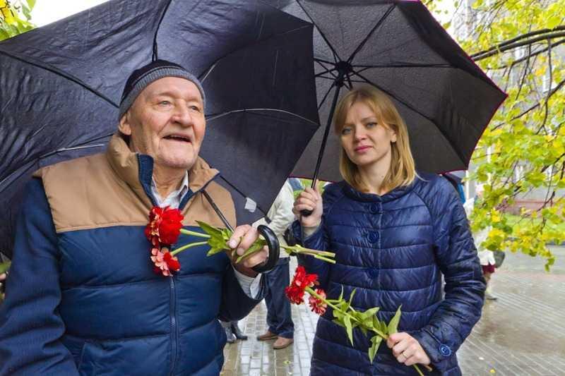В Челябинске почтили память ленинградцев-блокадников